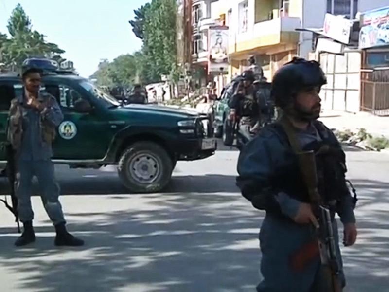 В Кабуле в результате подрыва смертника погибли 12 человек