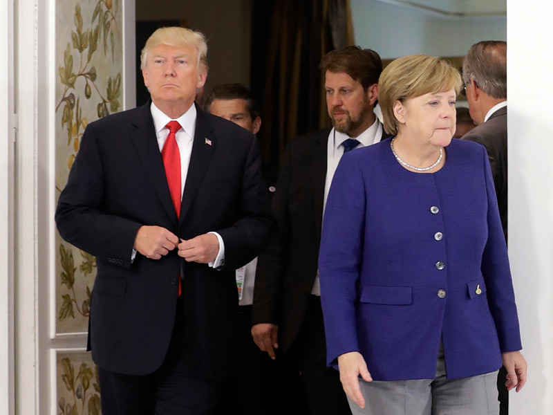 """Президент США Дональд Трамп за день до первой встречи со своим российским коллегой Владимиром Путиным """"на полях"""" саммита G20 провел переговоры с канцлером Германии Ангелой Меркель"""
