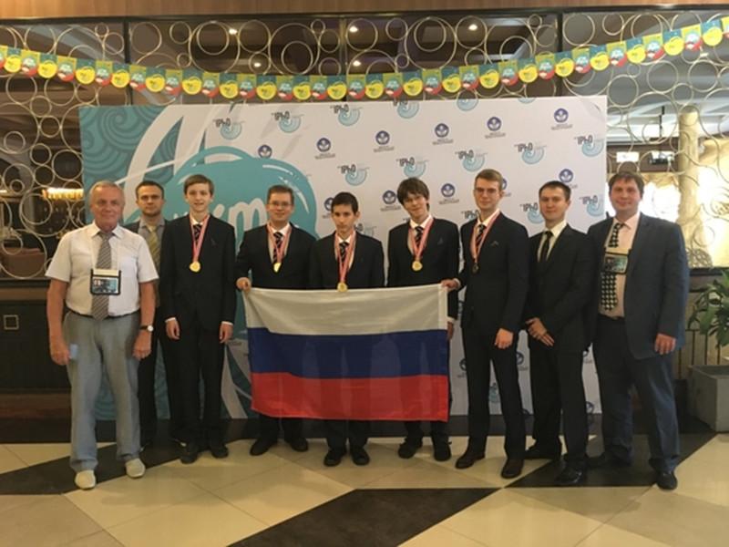 Российские школьники завоевали пять золотых медалей на 48-й Международной физической олимпиаде