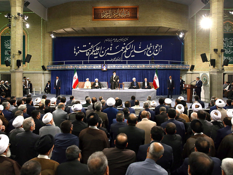 Исламская Республика Иран не станет нарушать соглашение по иранскому атому, но ответит на нарушения со стороны США, участвующих в ядерной сделке. Об этом заявил в субботу президент Ирана Хасан Роухани, выступая с речью по случаю инаугурации на второй президентский срок