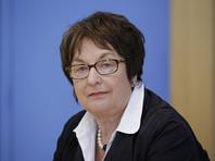 Ранее министр экономики Германии Бригитте Циприс раскритиковала новые санкции США против России как идущие вразрез с международным правом