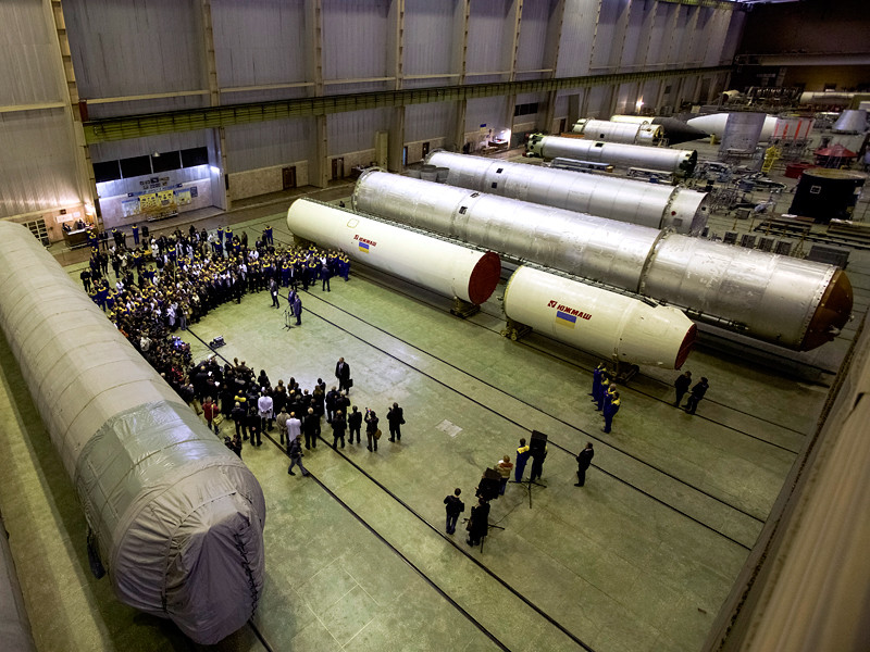 """Генеральный конструктор конструкторского бюро """"Южное"""" Александр Дегтярев считает, что кто-то мог сделать копию мощных ракетных двигателей для Северной Кореи"""