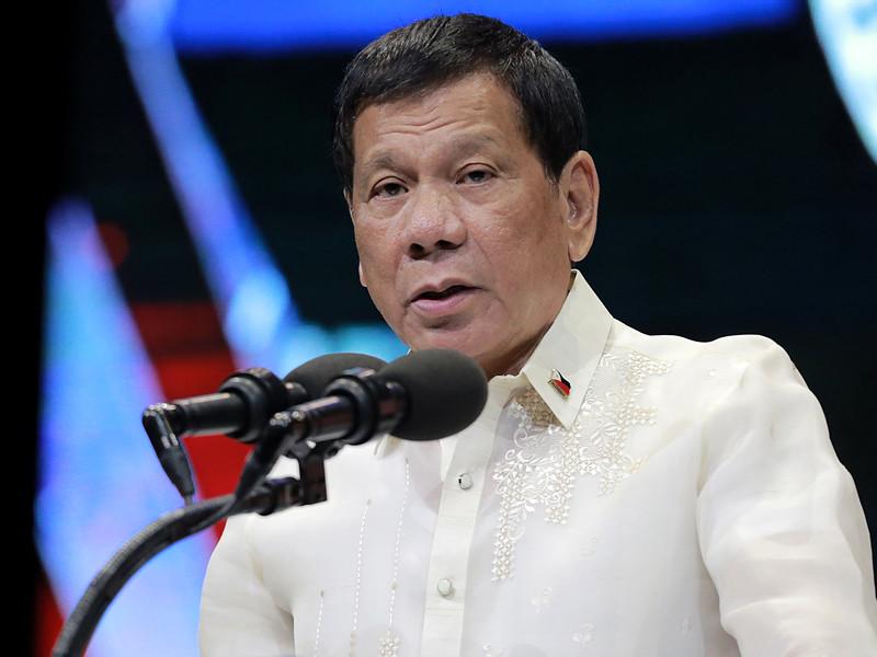 Президент Филиппин Родриго Дутерте сделал очередное провокационное заявление на фоне продолжающейся в стране кровопролитной кампании по борьбе с наркоторговцами