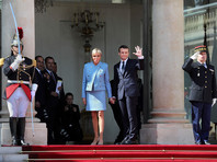 Петиция против статуса первой леди жены президента Франции набрала более 170 тысяч подписей