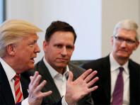 Президент США Дональд Трамп на встрече с лидерами крупнейших компаний США