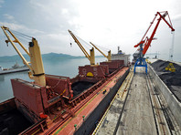 Китайское Министерство коммерции в понедельник, 14 августа, выпустило распоряжение запретить поставки из Северной Кореи каменного угля, железной руды, свинцовых концентратов и свинцовой руды, а также морепродуктов