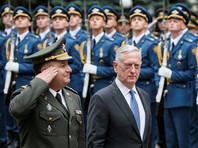 Украина с размахом отмечает 26-летнюю годовщину независимости: главным гостем на празднике стал глава Пентагона по прозвищу Бешеный Пес