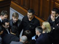 """Семенченко отметил, что первый этап блокады был начат """"добровольцами, волонтерами и общественными активистами"""", а затем """"легализован"""" указом президента Петра Порошенко и решением СНБО"""