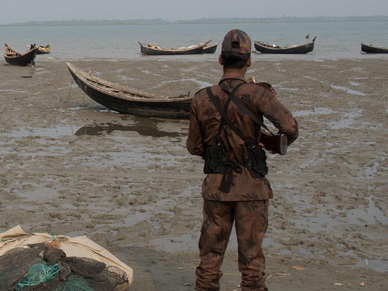 По меньшей мере 21 боевик и 11 сотрудников сил безопасности были убиты в штате Ракхайн Мьянмы