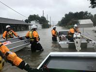 """Обрушившийся на Техас в ночь на субботу """"Харви"""" стал самым мощным ураганом в США за последние 12 лет"""