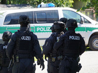 В Германии полицейский планировал покушения на политиков левого толка из-за миграционного кризиса
