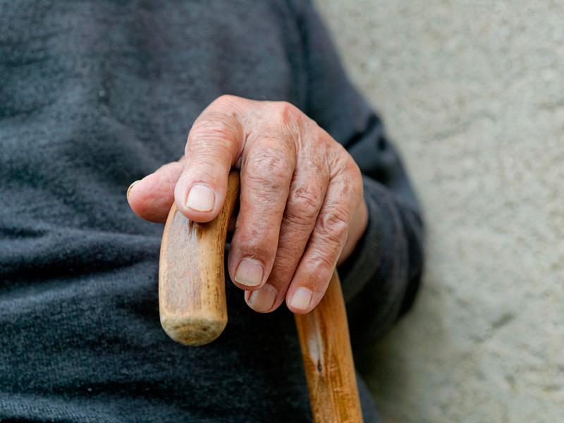 Испанский фермер Франциско Нуньес Оливера стал самым старым мужчиной в мире в возрасте 112 лет и восьми месяцев