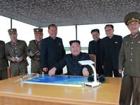 На ролике видно, что за пуском ракеты лично наблюдает лидер Северной Кореи Ким Чен Ын