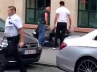 """Военные патрульные в пятницу вечером открыли огонь на поражение в центре Брюсселя после того, как на них с криком """"Аллах акбар"""" набросился с мужчина с ножом"""