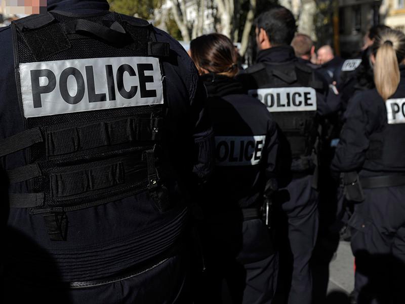 Вооруженный ножом мужчина напал на пешеходов во французском Марселе, есть пострадавшие