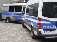 "Два туриста из Китая ""кинули зиги"" у здания Рейхстага. Их арестовали и крупно оштрафовали"