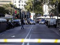 В Барселоне фургон врезался в толпу туристов