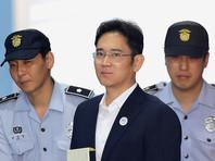 Одного из руководителей Samsung посадили на пять лет по делу о взятках президенту Южной Кореи