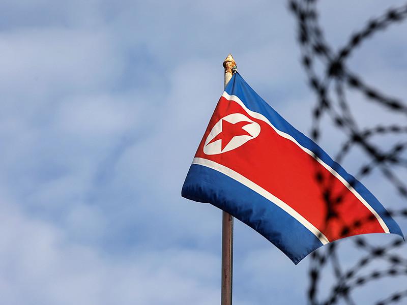 """В Малайзии сообщили о предоставлении местному принцу """"полного доступа"""" к воздушному пространству КНДР"""