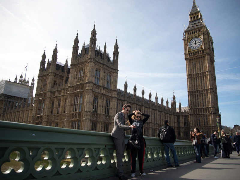 """Британские депутаты  приняли во втором чтении """"Билль об отмене законов ЕС"""""""