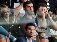 Более 20 болельщиков пострадали в результате несчастного случая во время футбольного матча во Франции