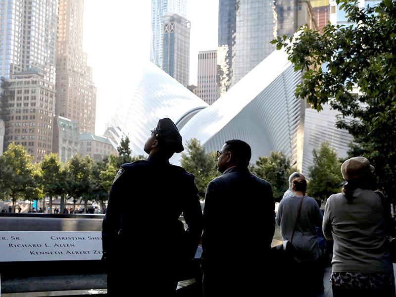 В Нью-Йорке прошли минуты молчания в память о жертвах терактов 11 сентября