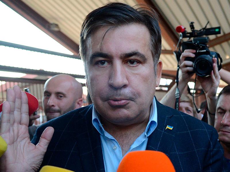 Саакашвили на автобусе добрался до украинской границы