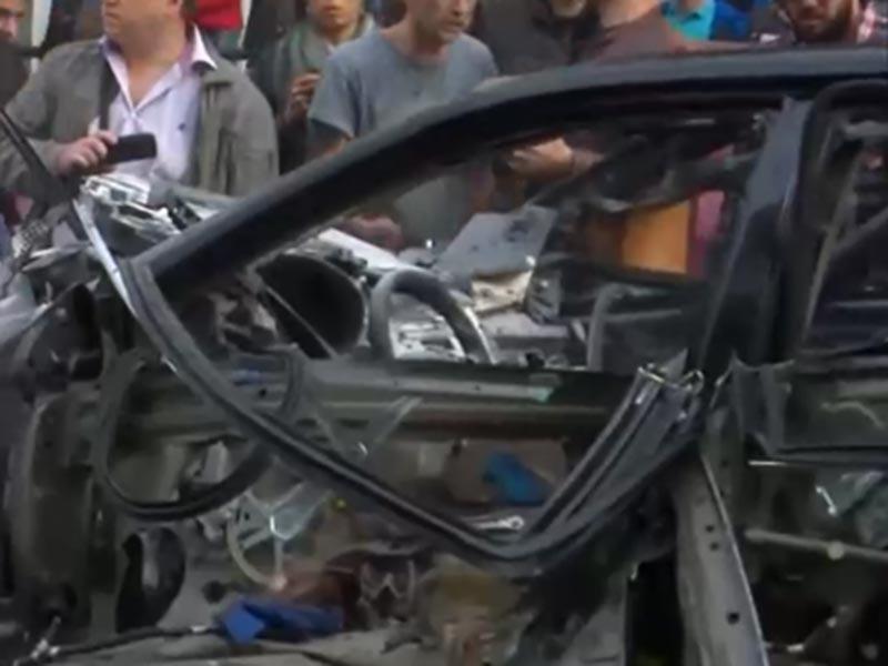 В центре Киева вечером в пятницу, 8 сентября, взорвался автомобиль. Взрыв произошел между ул. Бассейной и Большой Васильковской