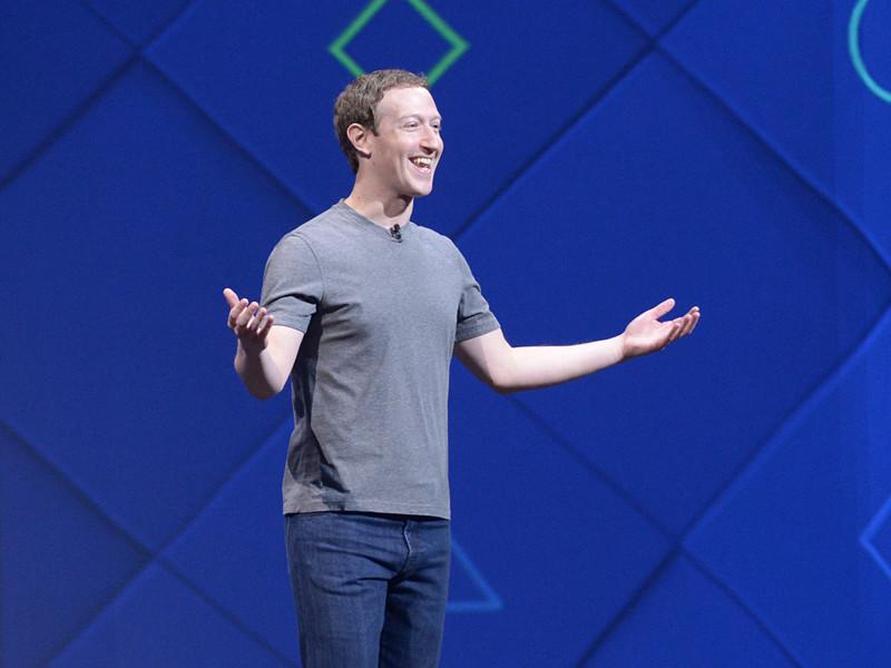 Трамп обвинил Facebook в сговоре с либеральными американскими СМИ против него