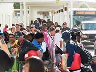 """Около 5,6 млн жителей американского штата Флорида получили уведомление об обязательной эвакуации в связи с приближением мощного урагана """"Ирма"""""""
