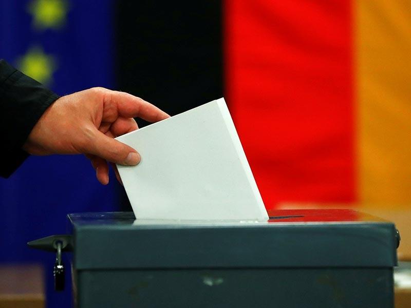 В Германии в воскресенье проходят парламентские выборы