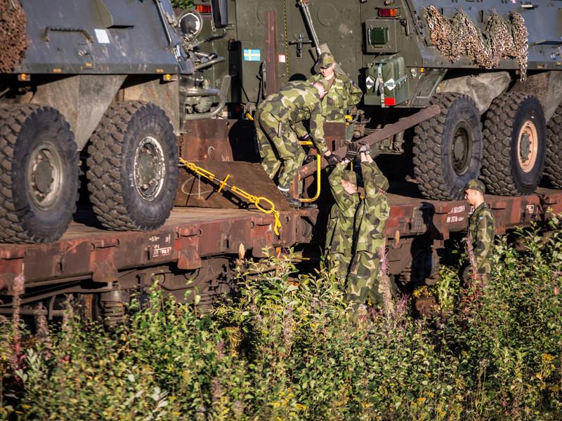В Швеции стартуют военные учения Aurora 2017 - первые для местных вооруженных сил и крупнейшие национальные учения за более чем 20 лет, сообщает сайт Вооруженных сил страны