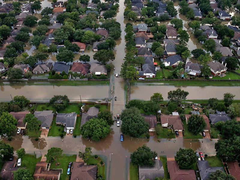 """В США число погибших в результате наводнений на юге стране, вызванных ураганом """"Харви"""", достигло 47 человек"""