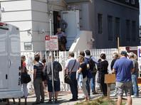 В пятницу, 1 сентября, на следующий день после распоряжения Госдепа о закрытии Генконсульства РФ в Сан-Франциско, над зданием появилось облако едкого черного дыма, идущего из дымохода