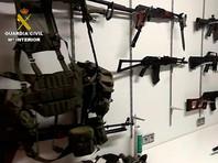 """Правоохранительные органы Испании раскрыли подробности спецоперации """"Олигарх"""", в ходе которой в провинции Малага по подозрению в отмывании более 30 млн евро были задержаны 11 выходцев из России"""