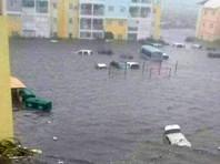 При этом французский чиновник не исключил, что в ближайшее время число жертв стихии может увеличиться
