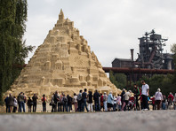 В Германии появился самый высокий в мире замок из песка (ФОТО)