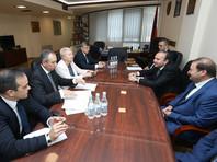 Министр образования и науки РФ Ольга Васильева и министр образования и науки Армении Левон Мкртчян, 25 сентября 2017 года
