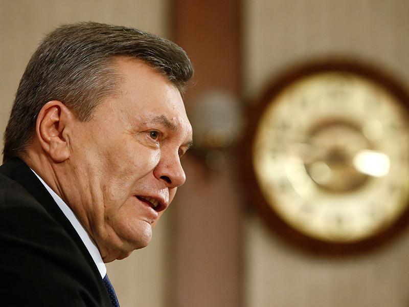 Обвинения предъявлены экс-президенту страны Виктору Януковичу и бывшему министру юстиции Александру Лавриновичу