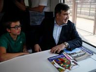 Саакашвили на пути к границе Украины сел в поезд