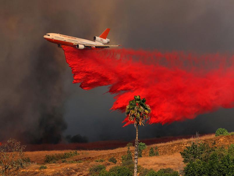 Не менее 10 человек стали жертвами природного пожара, охватившего север Калифорнии