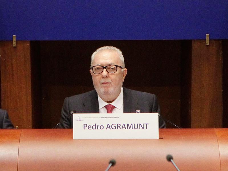 Председатель Парламентской ассамблеи Совета Европы (ПАСЕ) Педро Аграмунт, весной побывавший с визитом в Сирии, а затем раскаявшийся в этом поступке, подал в отставку