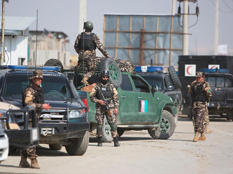 """""""Талибы""""* напали на военную базу в Афганистане - десятки убитых"""