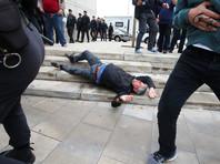 """""""337 человек пострадали в результате насилия со стороны испанской полиции. Мы просим их (пострадавших) подать жалобу через Моссос (д'Эсквадра)"""", - говорится в сообщении правительства Каталонии"""