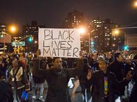 """Кампания была представлена так, как будто ее организовали активисты движения за права афроамериканцев Black Lives Matter. По сведениям CNN, в действительности за ее созданием стояла связанная с Кремлем российская компания """"Агентство интернет-исследований"""", известная в прессе как """"фабрика троллей"""""""