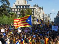 Накануне ожидалось, что глава женералитета (правительства) Каталонии Карлес Пучдемон объявит о проведении в регионе досрочных выборов, однако выступление каталонского лидера было отменено