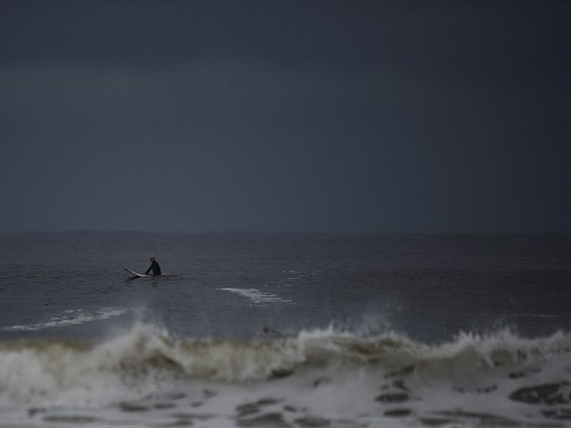 """Атлантический ураган """"Офелия"""" в понедельник ударит по Ирландии"""