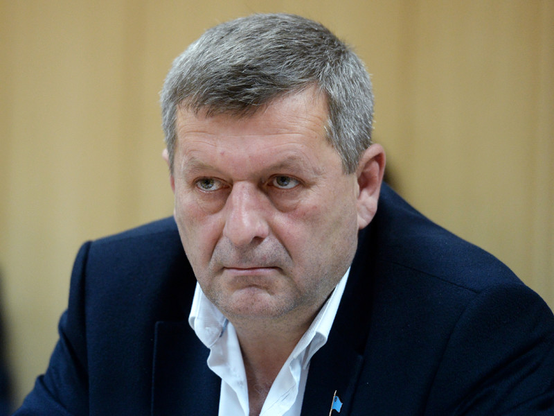 Двух осужденных в РФ заместителей главы крымско-татарского меджлиса выдали Турции