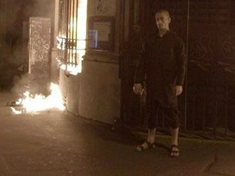 Суд освободил из-под стражи акциониста Петра Павленского после поджога французского ЦБ