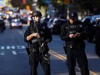 По одним данным, грузовик врезался в толпу; полиция застрелила водителя, находившегося в грузовике, еще одного человека - возможно, сообщника водителя - арестовала
